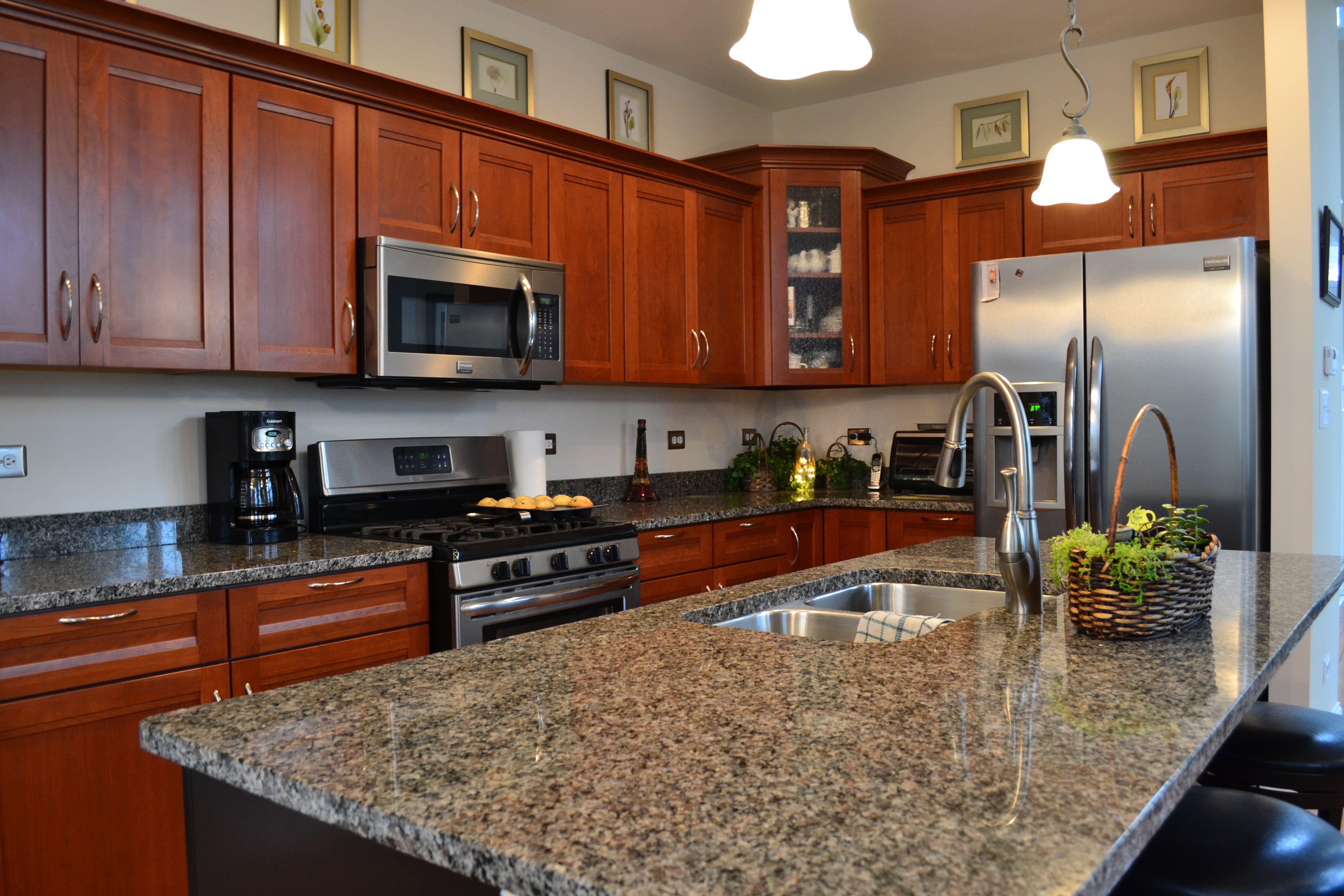 Northwest Indiana Homes | Cherry cabinets kitchen, Kitchen ...