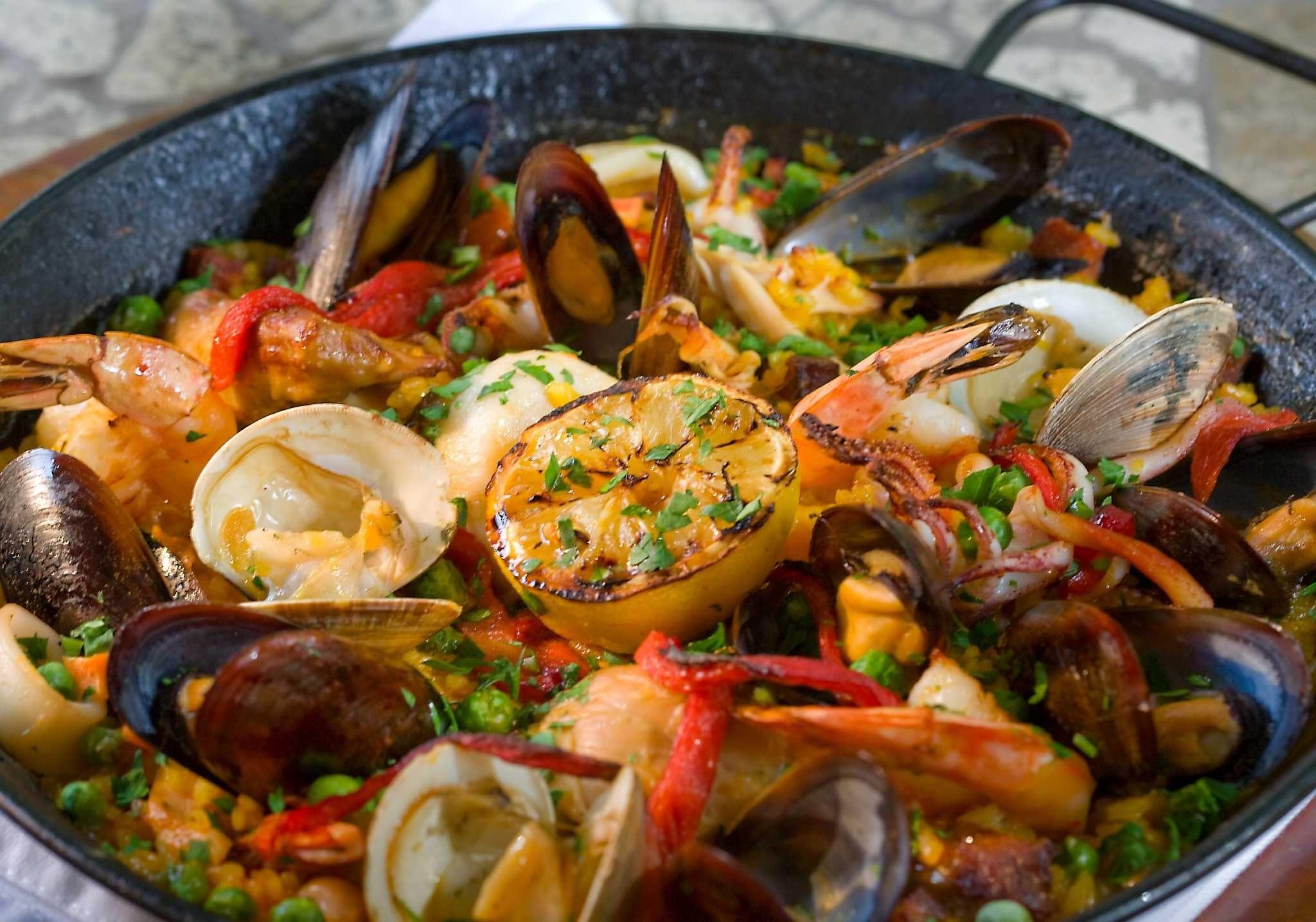 Where to eat in San Antonio this Thanksgiving Paella