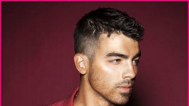 Joe Jonas Dobio Filmsku Ulogu Joe Jonas Jonas Mens Hairstyles