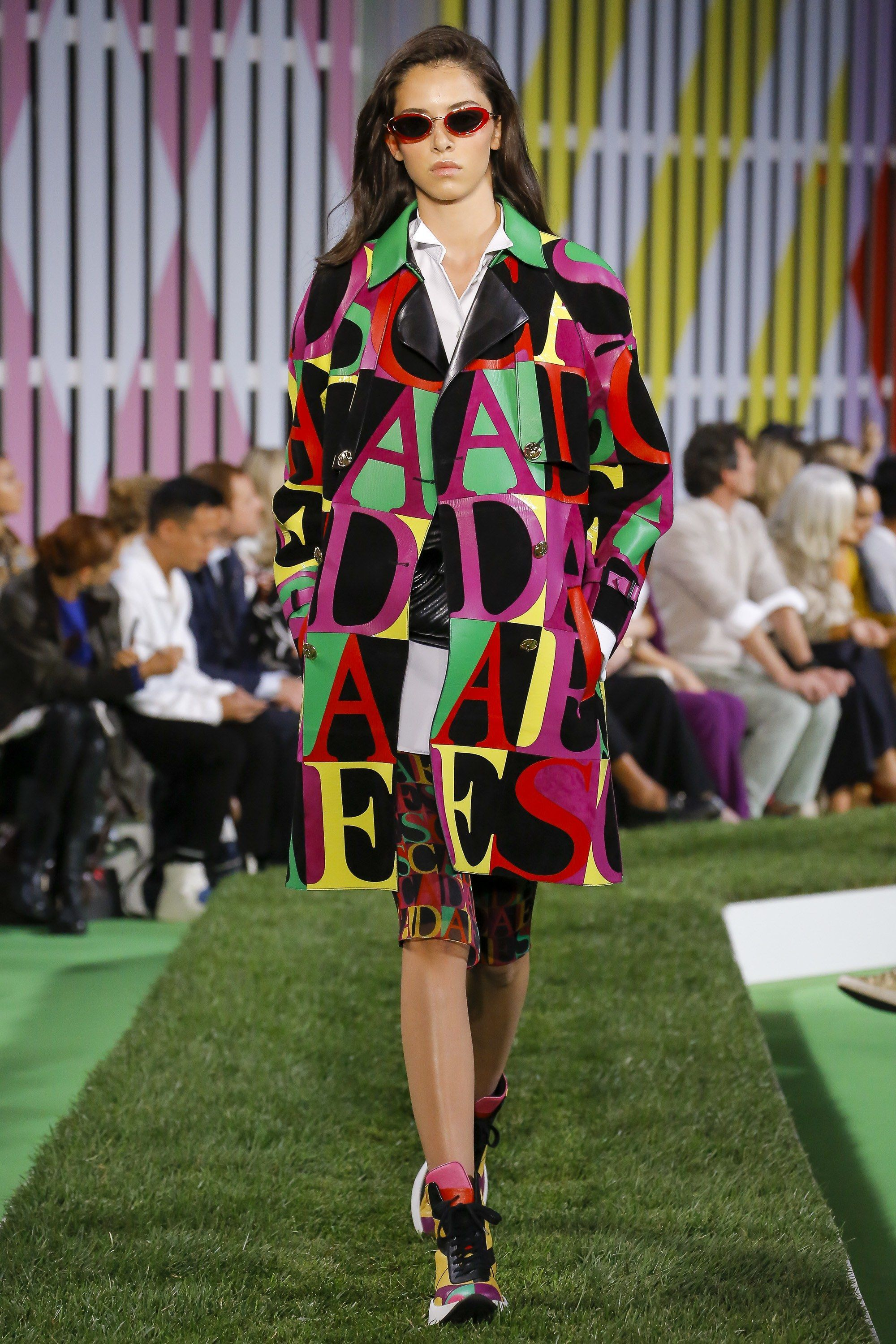 563e5310e94f Spelling it out at Escada - Spring 2019 Ready-to-Wear  nyfw