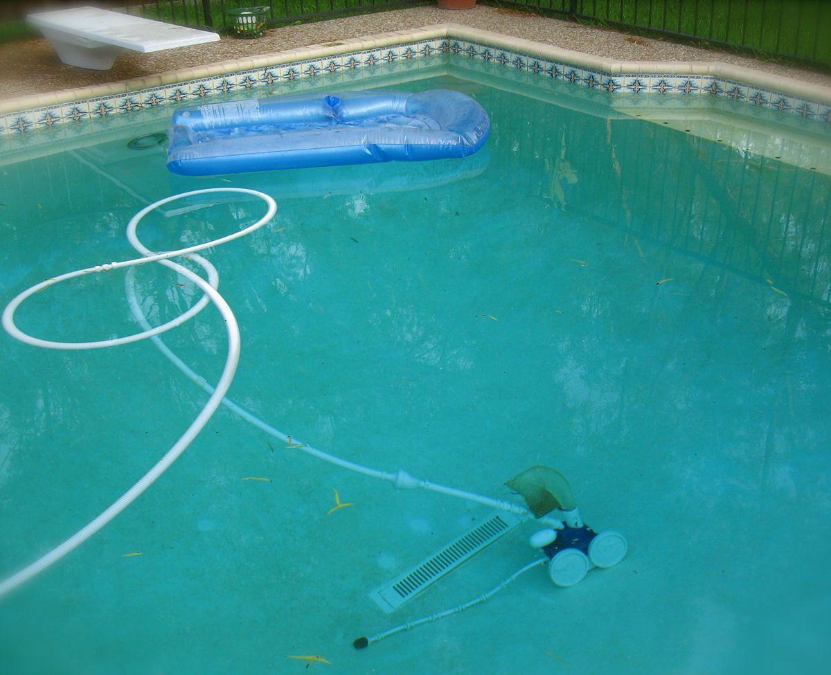 Automated Pool Cleaner Wikipedia Pool Cleaning Pool Repair Swimming Pool Vacuum