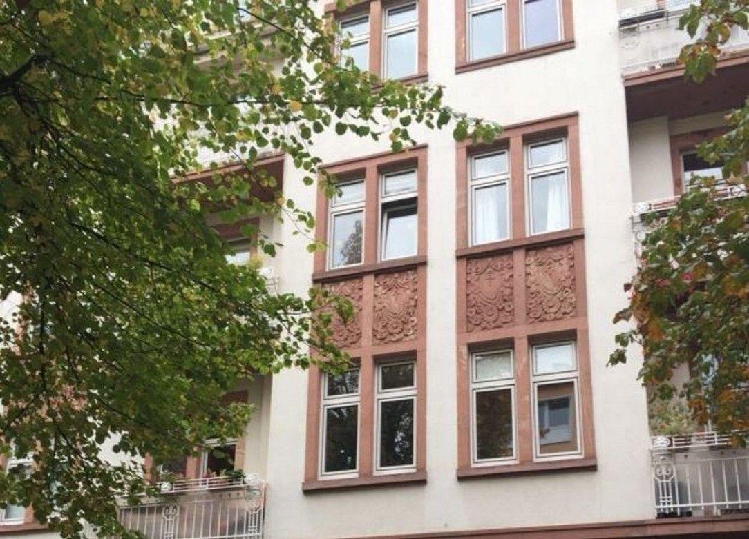 Wohnen Im Jugendstilaltbau Komplett Renovierte 3 5 Zimmer Wohnung Im Frankfurter Ostend Ca 91 M Wohnflache 5 Zimmer Wohnung Immobilien Angebote Innenhof