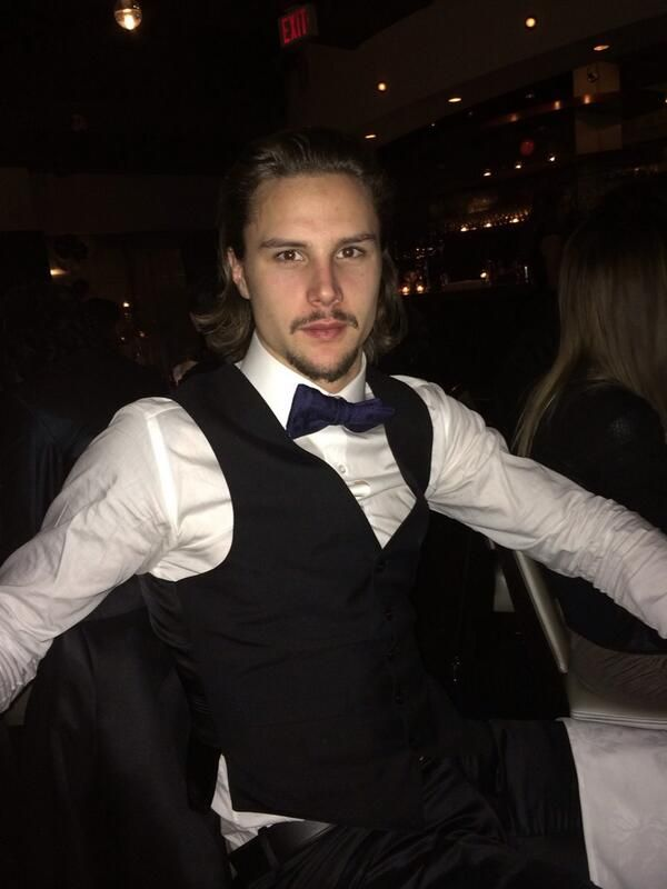 low priced 529db 0122c Erik Karlsson in his suit and tie ;) | Hockey Hotties | Nhl ...