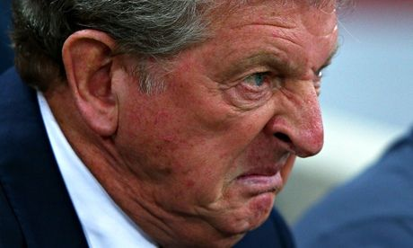 Roy Hodgson angered by criticism of England players after Norway win |  England players, Football funny, Players