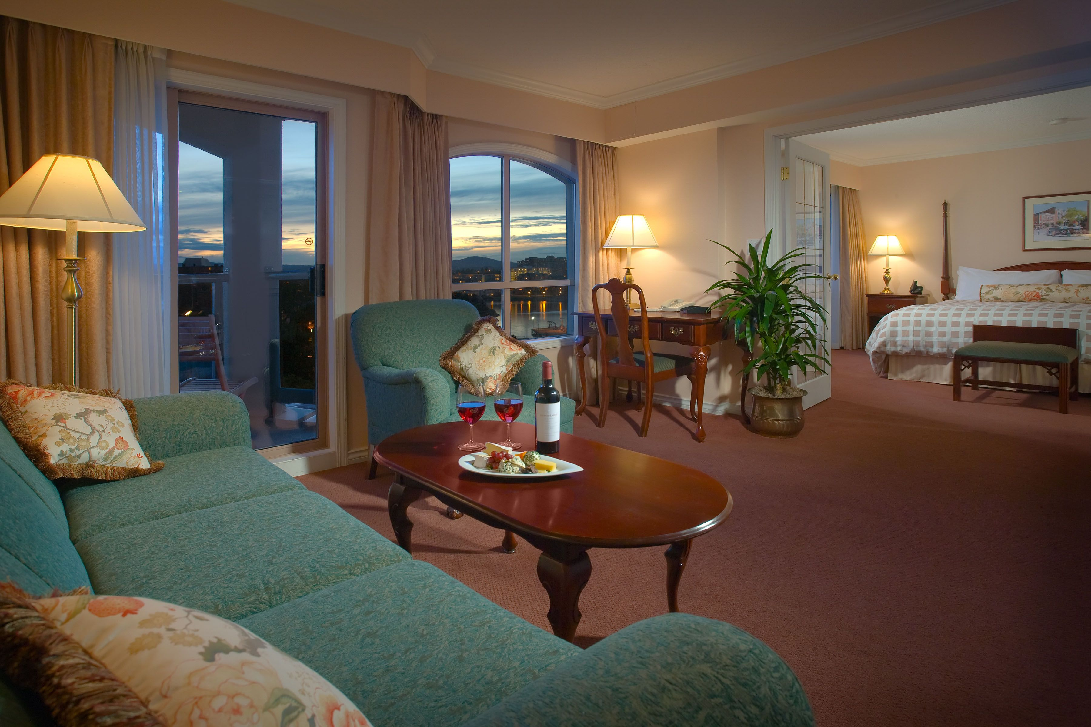 Pacific OneBedroom Suite at the Hotel Grand Pacific in
