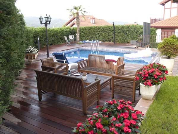 Decoracion jardines buscar con google jardines for Jardines con piscinas desmontables