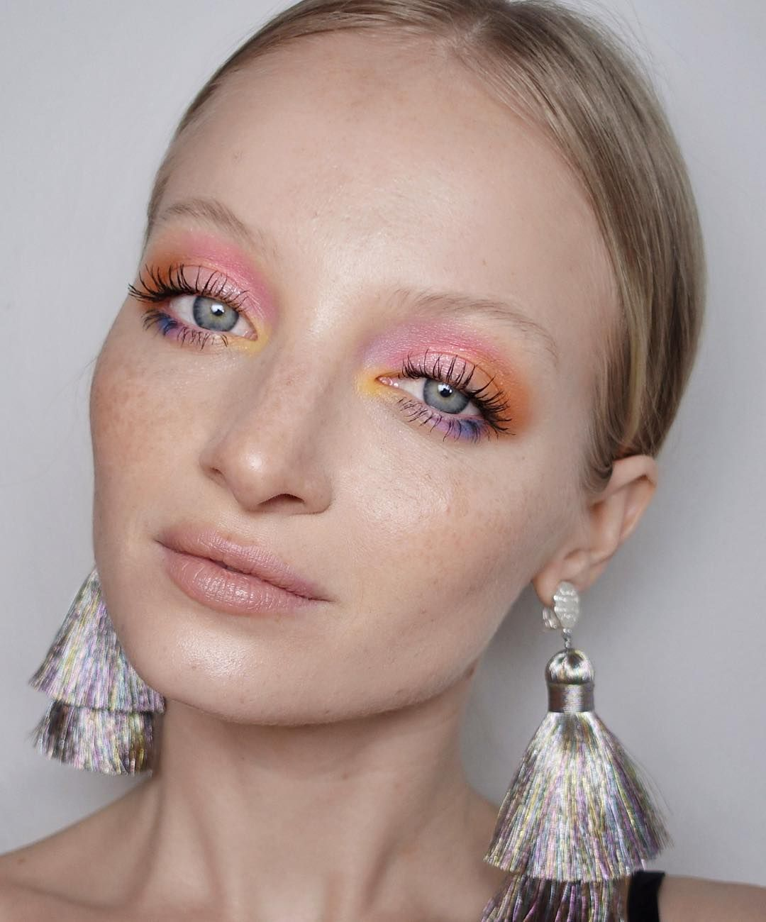 foto 7 Makeup Looks for Each Day of The Week