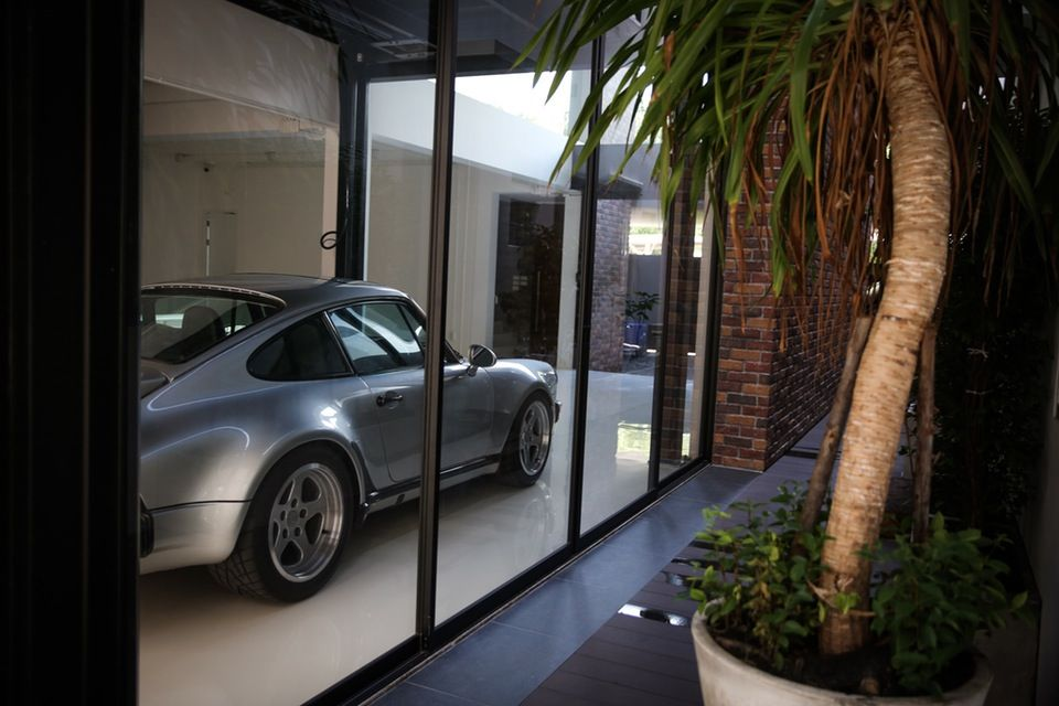 This Dream House In Bangkok Is Built Around The Garage In 2020