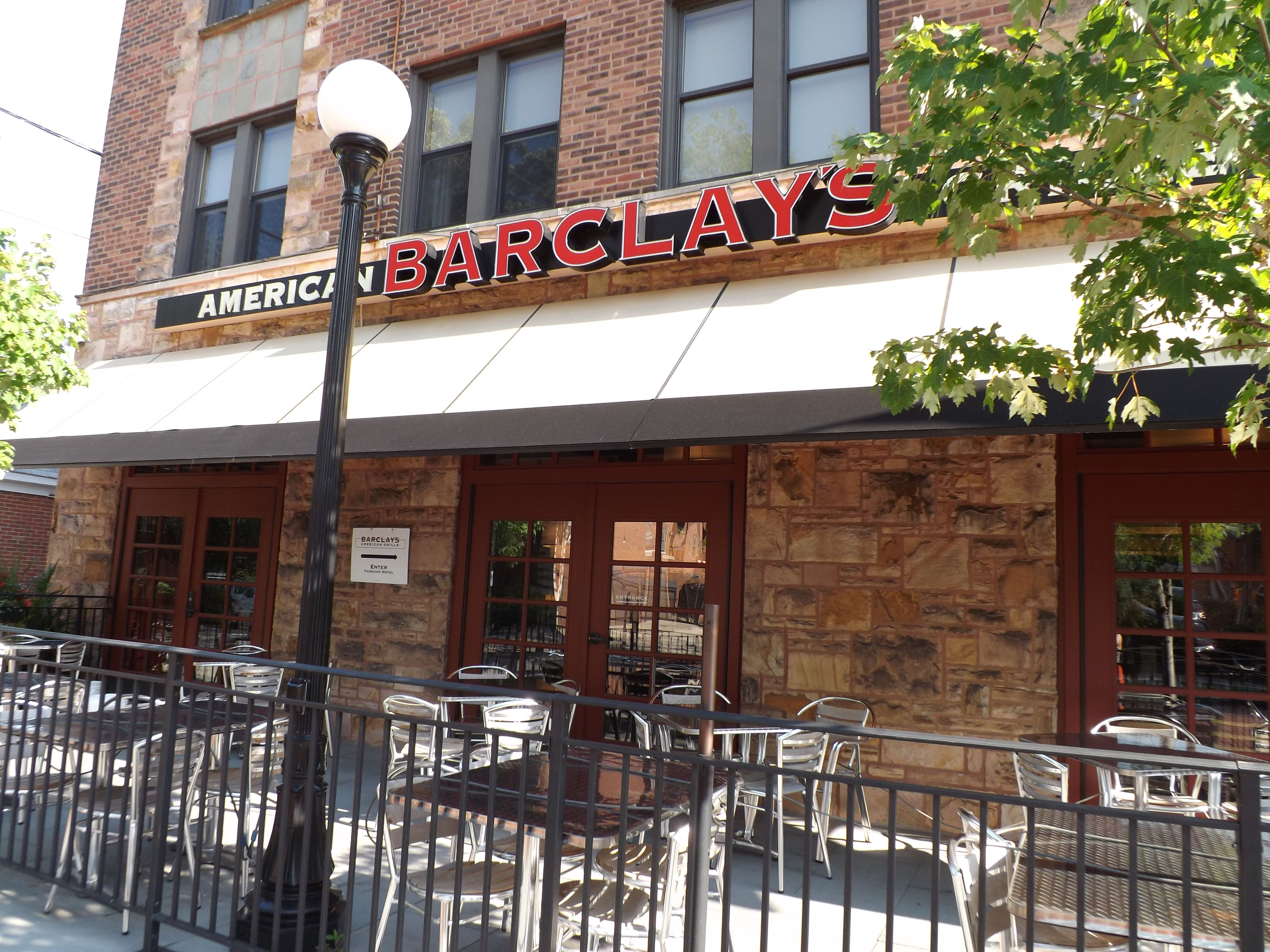 Barclay's Bar and Grill #dining #oakpark | Business ...