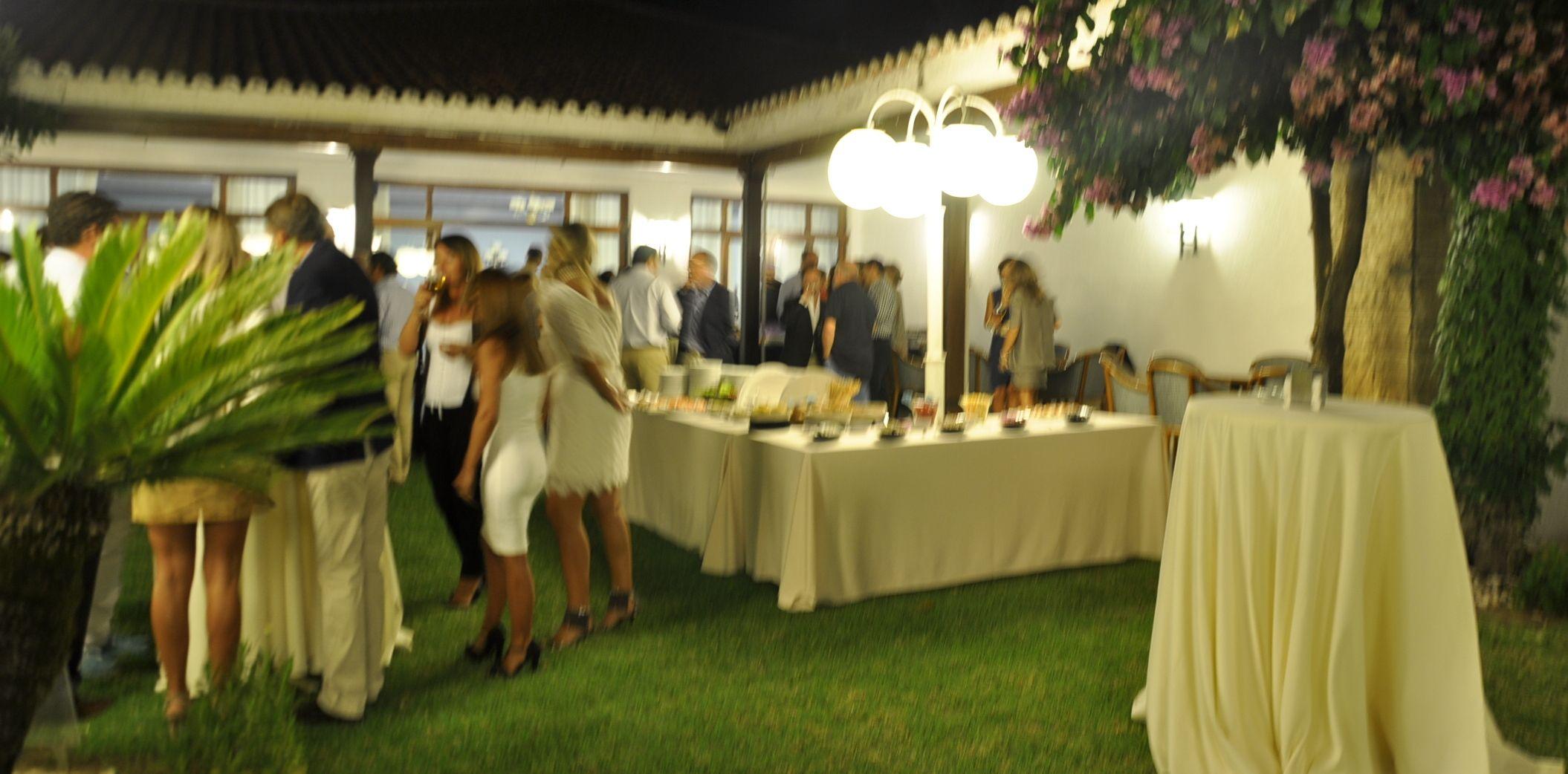 Bufet en Las Nandinas, noche de verano y algo que celebrar