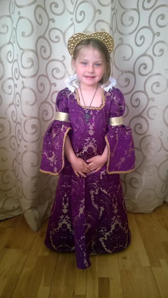 Esme as Queen Elizabeth I- school history day | Taylor Made Fancy ...