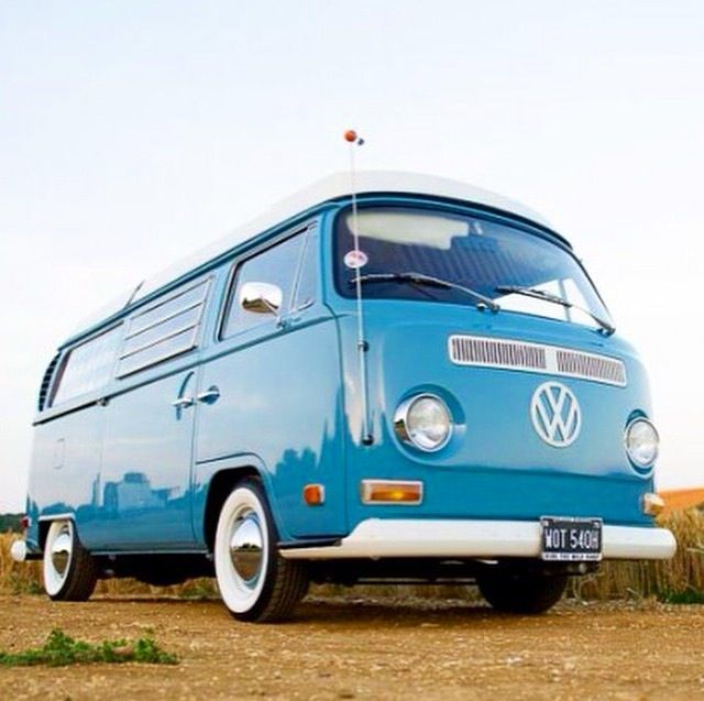 early bay window vw bus on the move vw bus vw bus t2. Black Bedroom Furniture Sets. Home Design Ideas