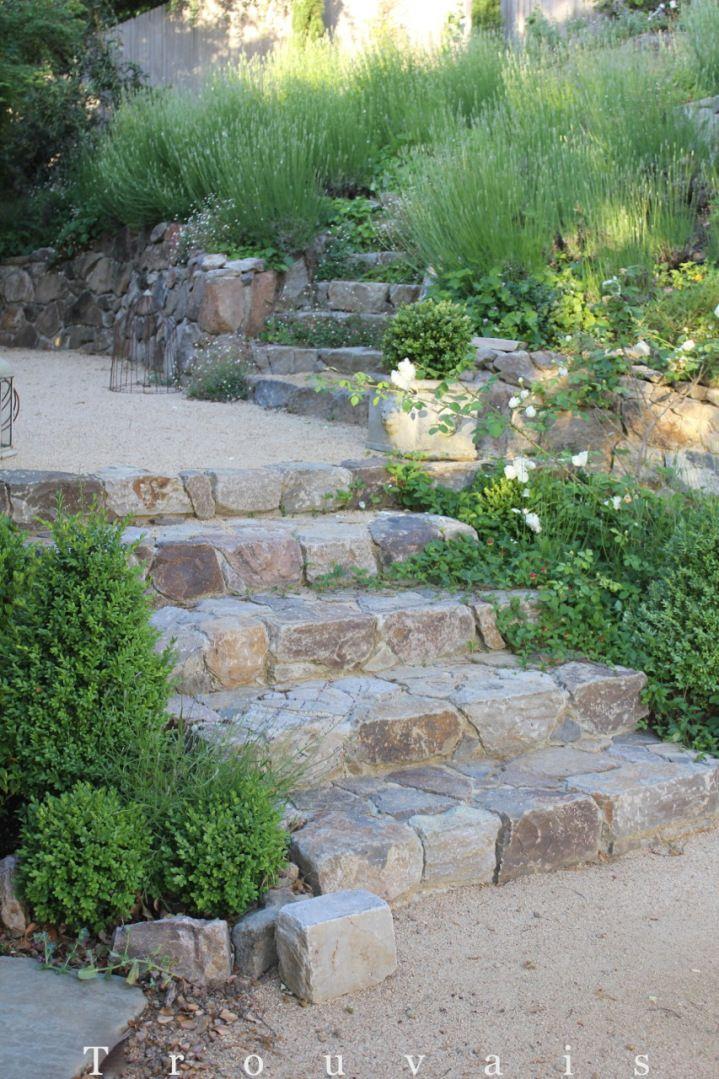 Best Rustic Stone Steps 정원 가꾸기 정원 아이디어 정원 가구 400 x 300