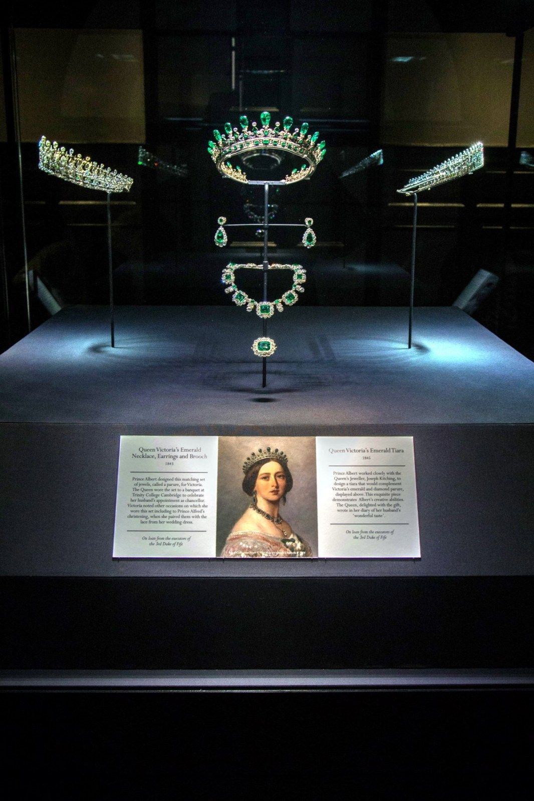 Royal Jewels of the World Message Board: Fife Fringe Tiara |
