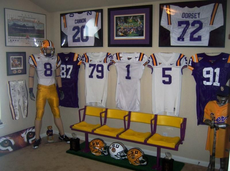 Wonderful I Want Some Of These Chairs For Our LSU Room. (whenever We Get To