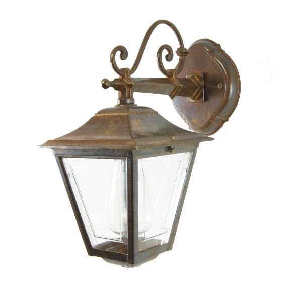 This Traditional Cast Br Outdoor Wall Light Looks Great When Lit With An Edison Filament Bulb Would Suit Any Modern Or Setting