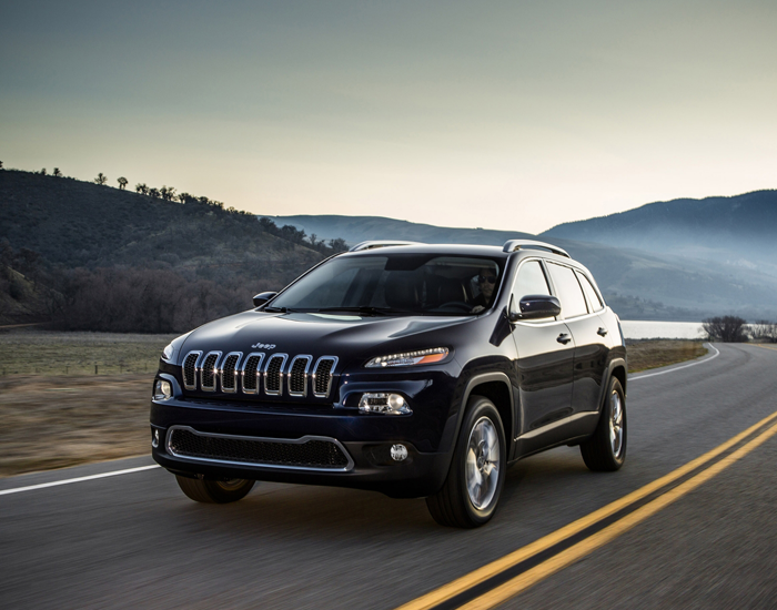 You Wanna Ride This Suv Car Suv Jeep Cherokee Trailhawk Jeep Cherokee New Jeep Cherokee