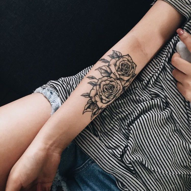 Tatouage Rose Femme Tatouage Graphique Avant Bras Beautytatoos