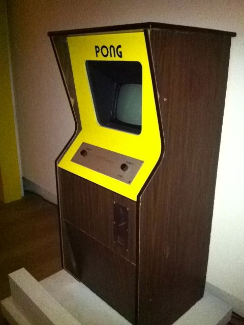 PONG (Borne d'Arcade - Atari / 1972) | ATARI Pong | Pinterest ...
