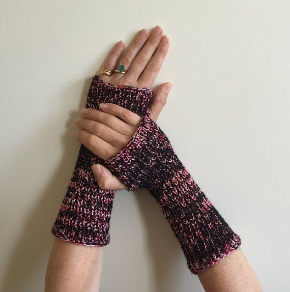 Fingerless Gloves Red  Black Hand Warmer Arm Warmers by SimonKnits
