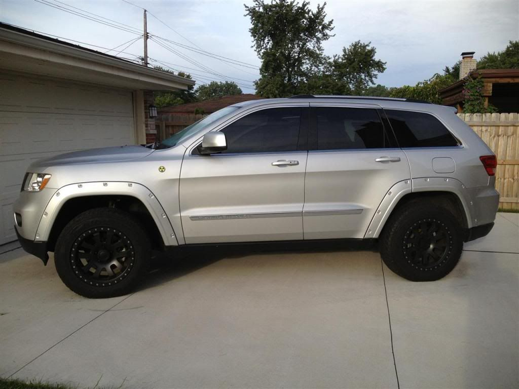 Pin By Erica Leann On Vehicle 2011 Jeep Grand Cherokee Jeep Grand Cherokee Jeep [ 768 x 1024 Pixel ]