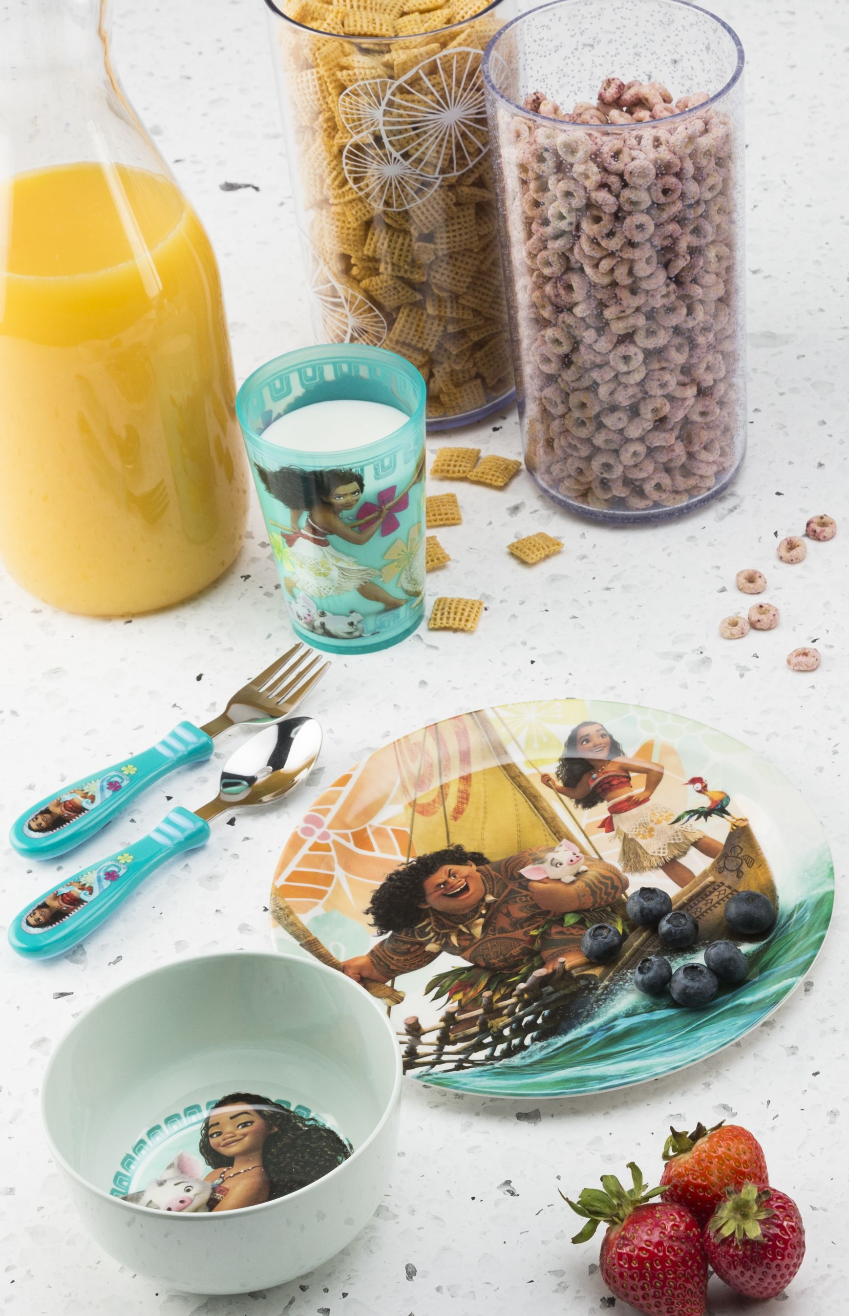 Disney Moana dishes and a balanced breakfast will give