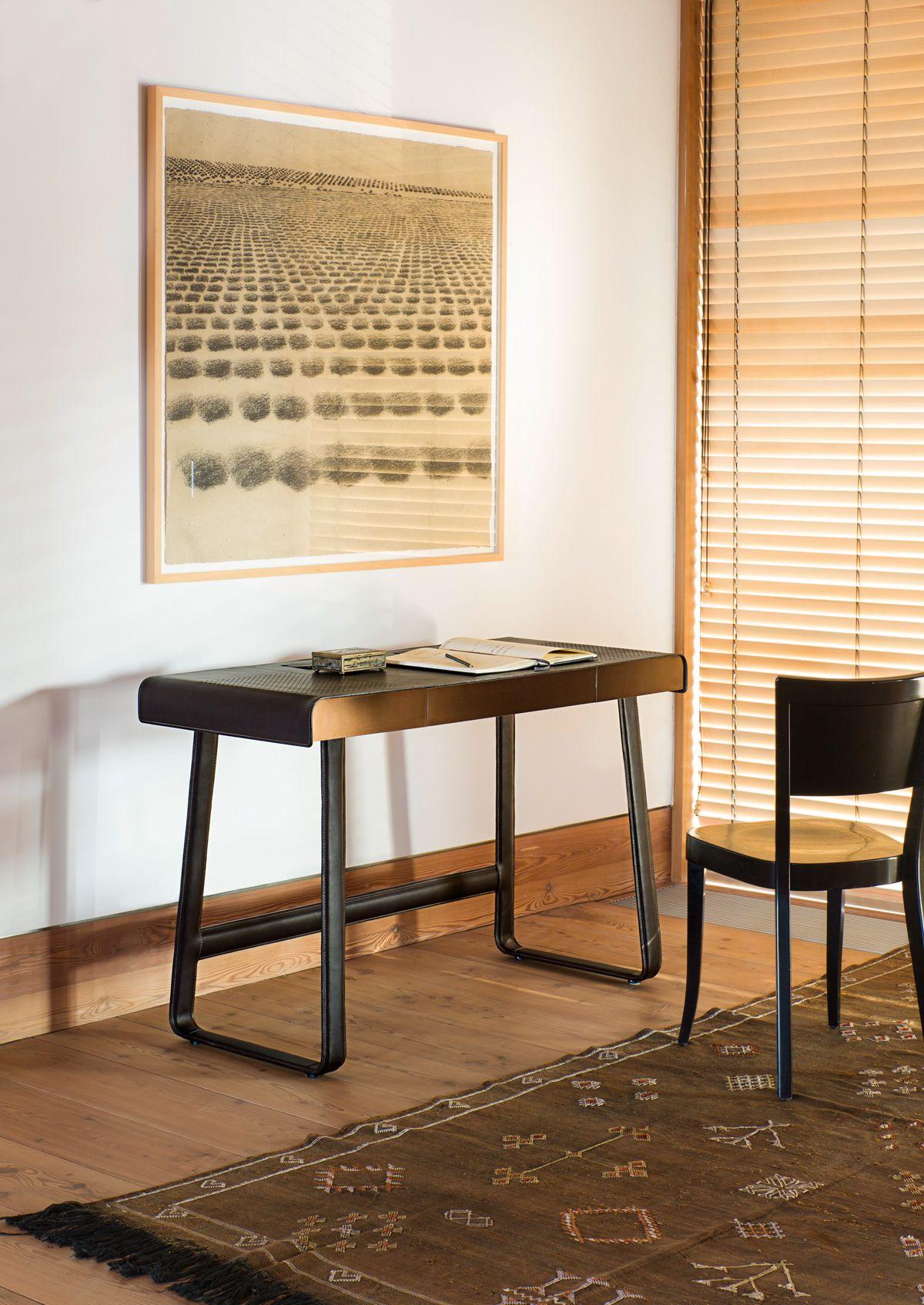 Pegasus Home Desk Designed By Ippolito Fleitz Group For Classicon
