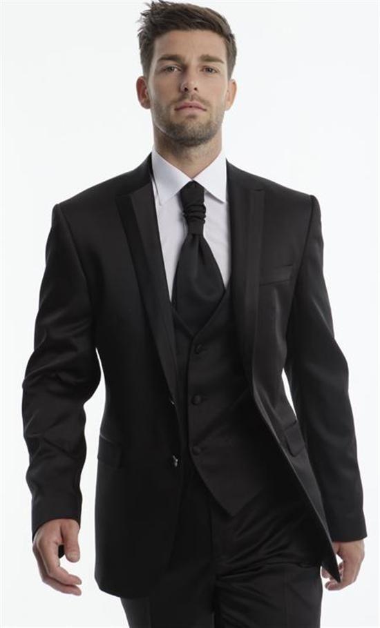 Pour le col de la veste Costume cérémonie homme ADIMO mod¨le