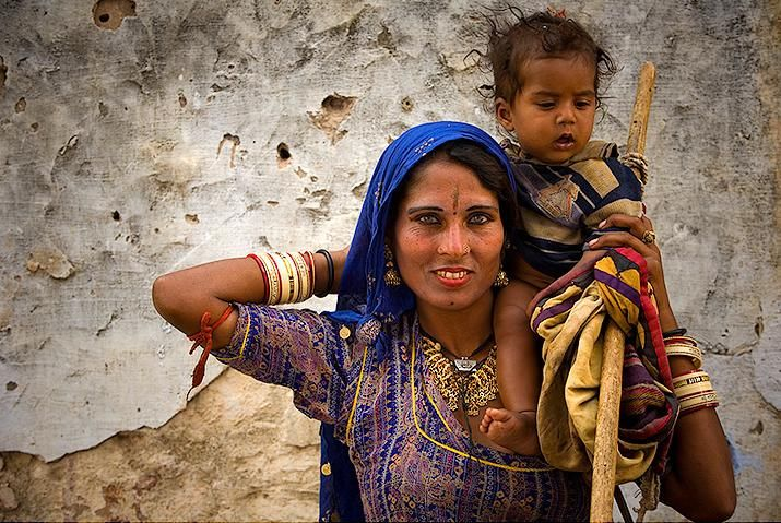 pushkar - rajasthan, mother and child