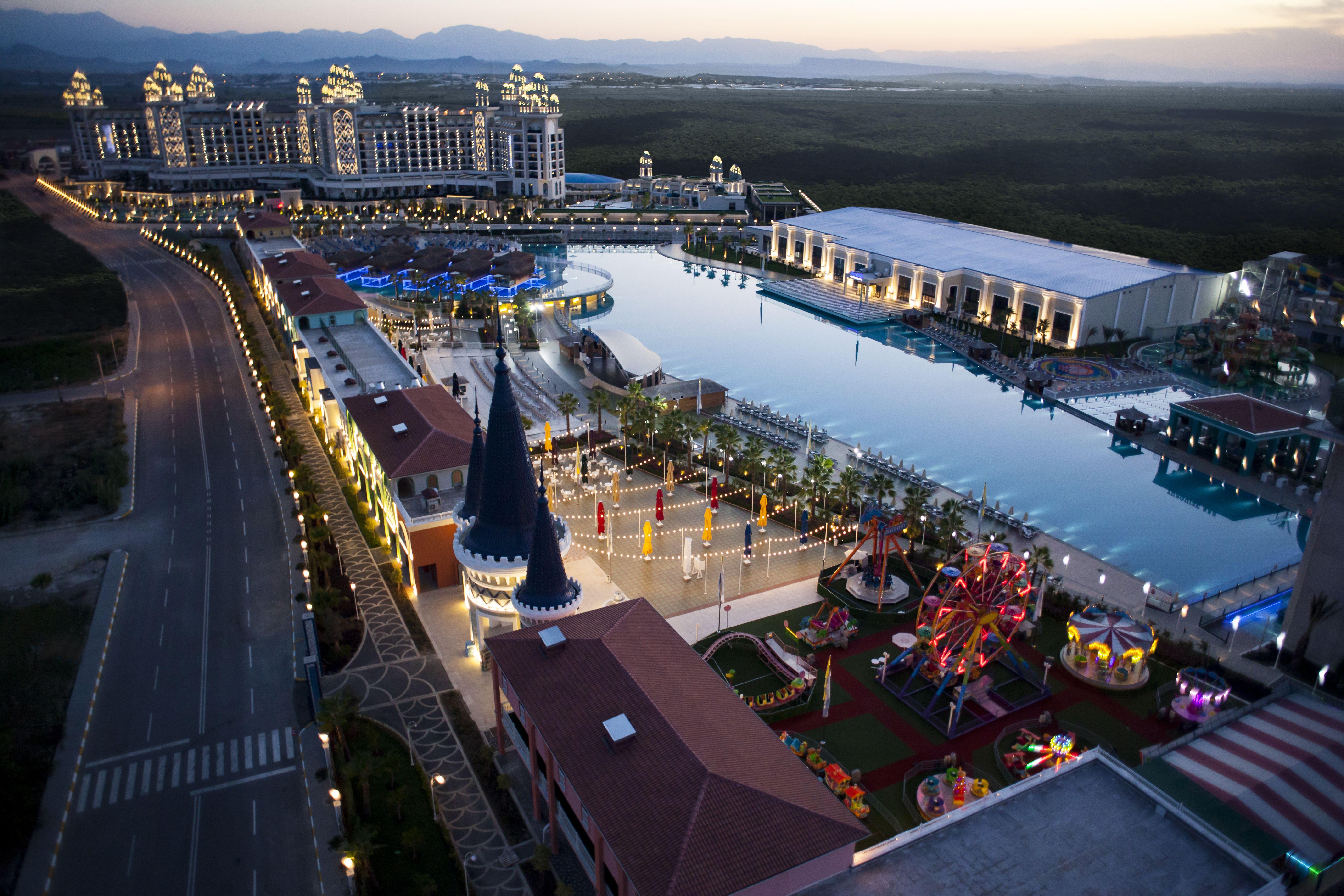Granada Luxury Hotel Is One Of The Wedding Hotels In Antalya Hotel Wedding Hotels In Turkey Antalya