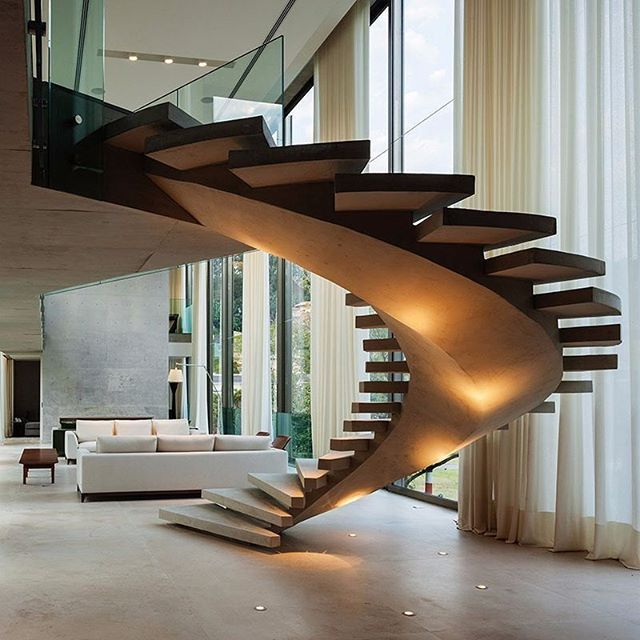 Arquitetura Integrando Pisos: Iluminação Diferenciada: Balizadores No Piso Direcionando