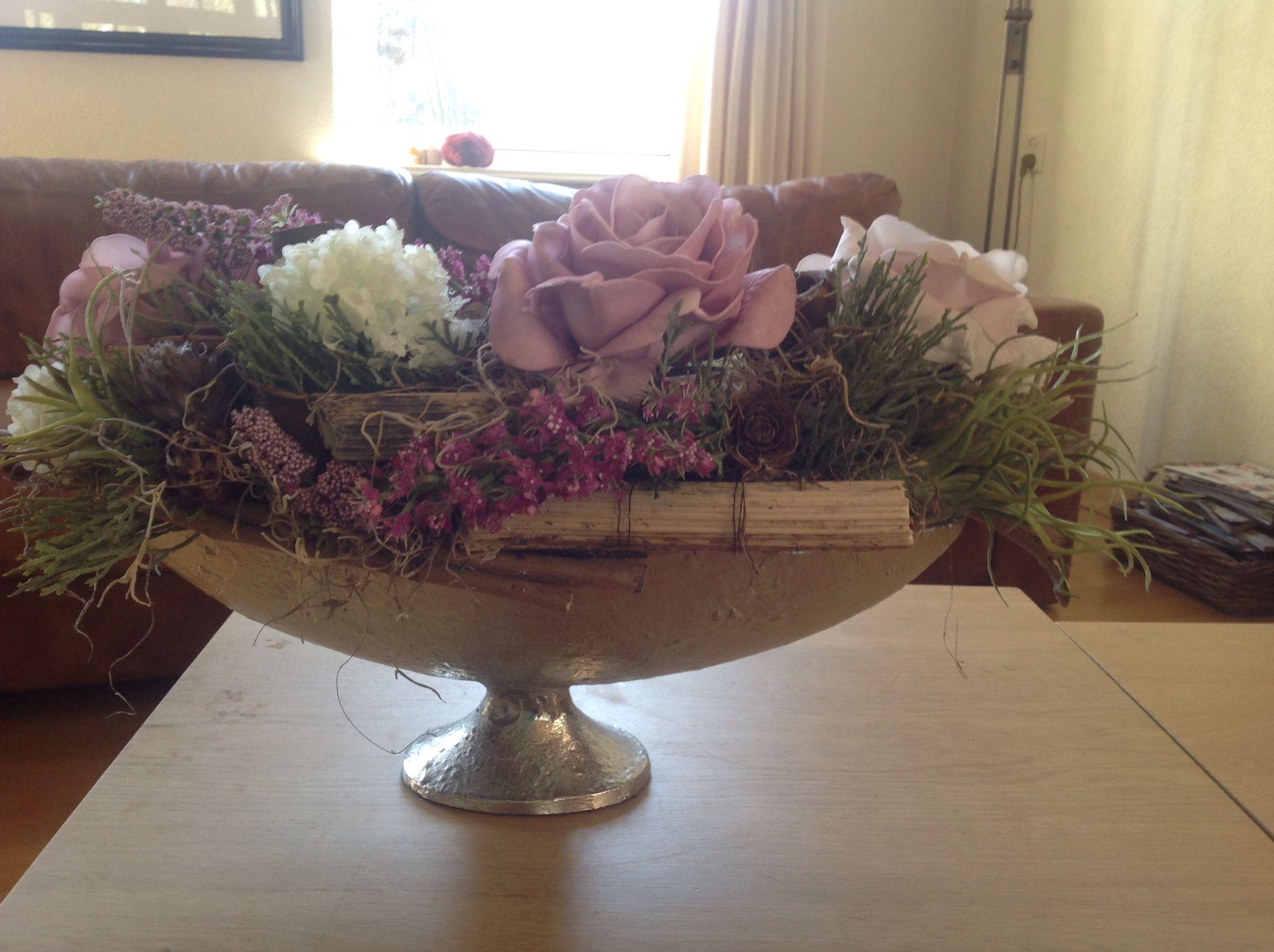 Verbazingwekkend Ook met kunstbloemen kan je mooie stukken maken. | Bloemschikken MZ-93
