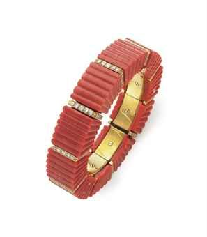 A CORAL AND DIAMOND BANGLE BRACELET, BY DAVID WEBB More