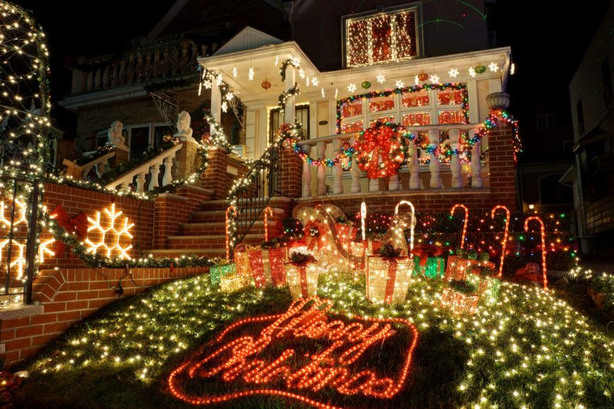 29 Types Of Outdoor Christmas Lights For Your House Currentyear Holiday Lighting Guide Christmas Light Installation Outdoor Christmas Lights Decorating With Christmas Lights