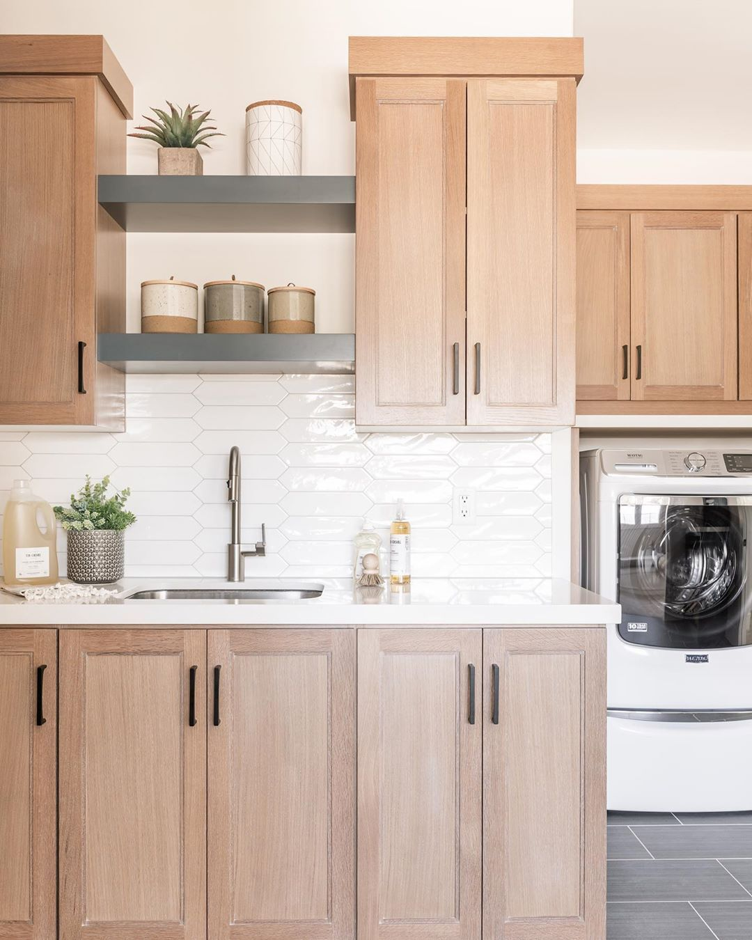 Remedy Furniture Design On Instagram One Of Our Most Popular Designs To Date Tag Someone Who W In 2020 Home Kitchens Home Decor Kitchen Kitchen Backsplash Designs
