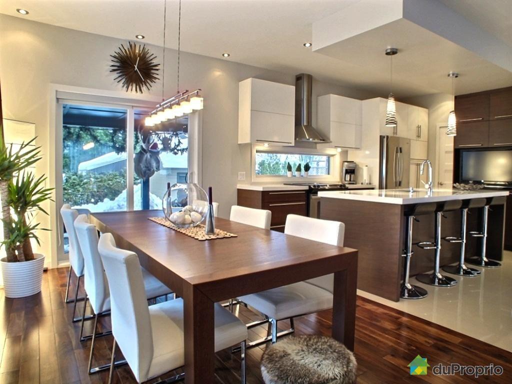 finition haut de gamme foyer au gaz plafonds 9 pieds cuisine au prix nobilis en 2009. Black Bedroom Furniture Sets. Home Design Ideas