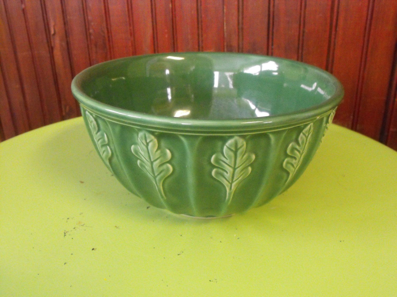 Collectible Retired Furio Home Green Oak Leaf Mixing Bowl