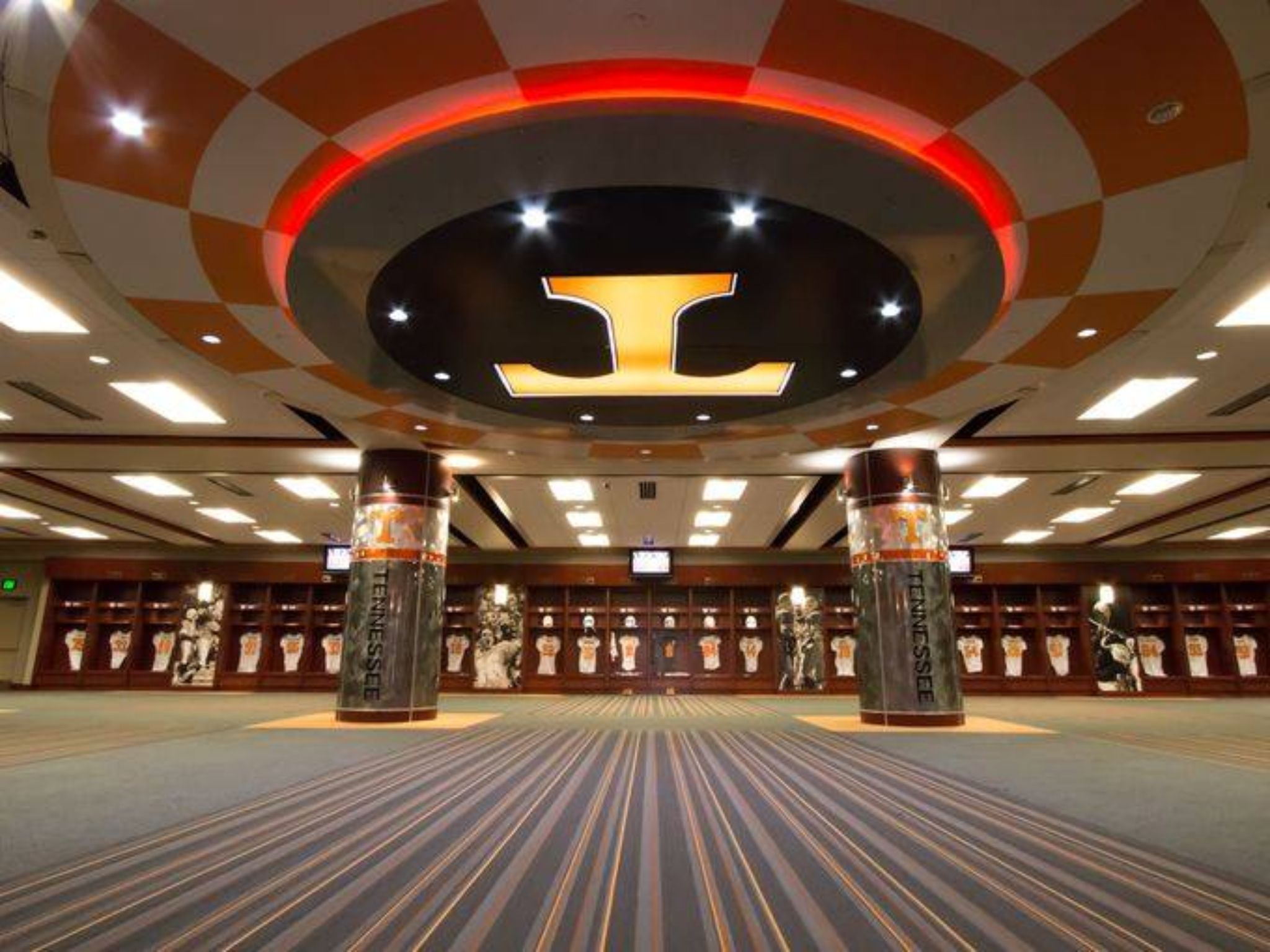 Tennessee Vols Locker Room Pictures
