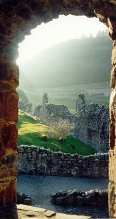 Travel Package Discount - Beautiful places around the World - Loch Ness is a large, deep, freshwater loch in the Scottish Highlands  - See More - http://www.travelpackagediscount.com/