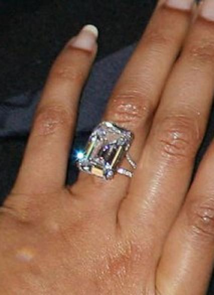 Beyonces ring is gorgeous Jewelry I like Pinterest Ring