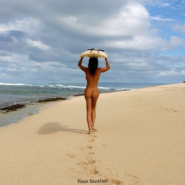 hawaii naked surfer girl