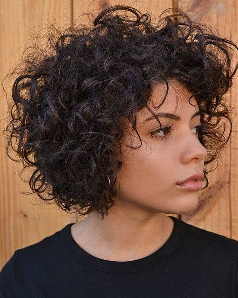 40 Cute Short Curly Hairstyles Ideas For Women Fashionnita In 2020 Curly Hair Styles Short Curly Hair Curly Bob Hairstyles