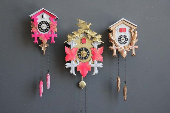 Neon Pink Gold Cuckoo Clock Working By Gallivantinggirls On Etsy 155 00 Cuckoo Clock Clock Pink And Gold