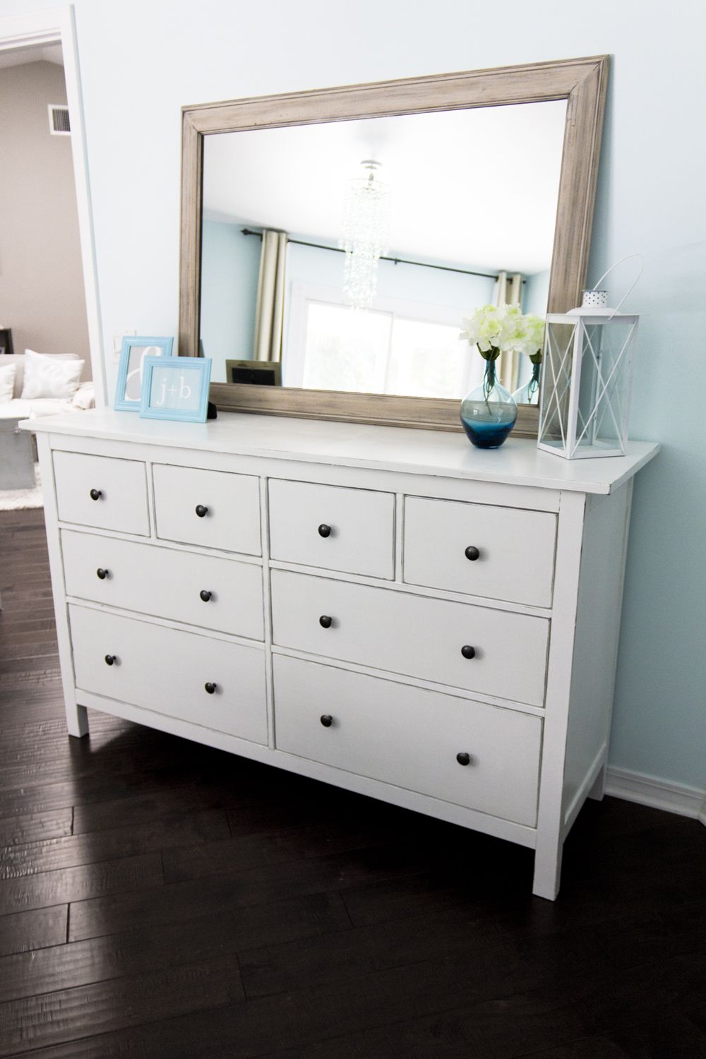 since the first hemnes dresser moved up to the girls 39 room. Black Bedroom Furniture Sets. Home Design Ideas