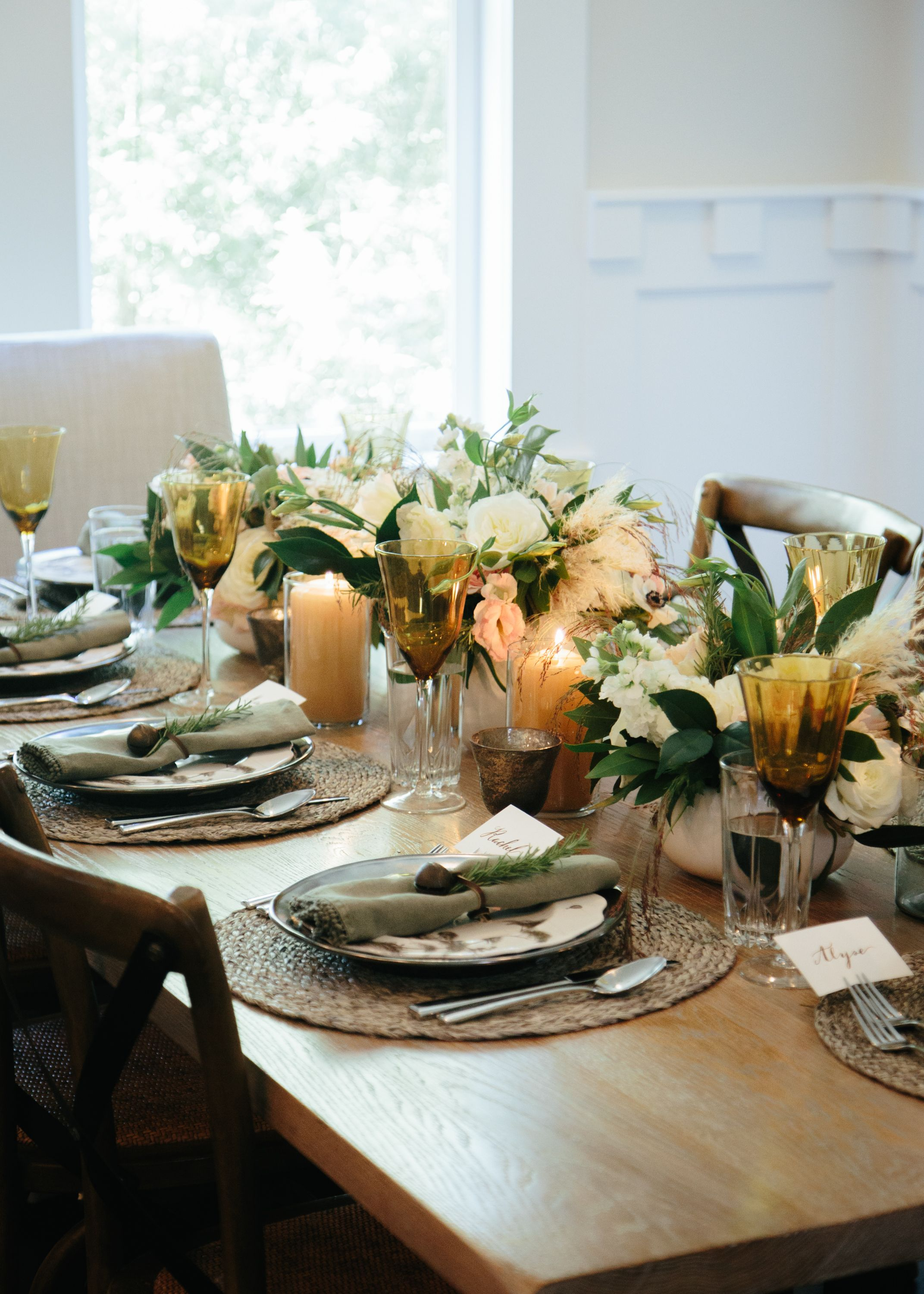 holiday table settings. marie flanigan interiors - holiday table setting organic white peach & Holiday Table Settings Marie Flanigan Interiors - Holiday Table ...
