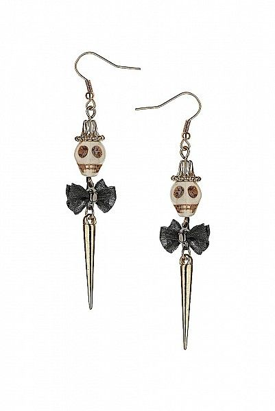 I absolutely love these!!!! I need to find the hat and bow beads first then I could just make them! Oh boy. Awesome for All Hallows' eve or anytime!