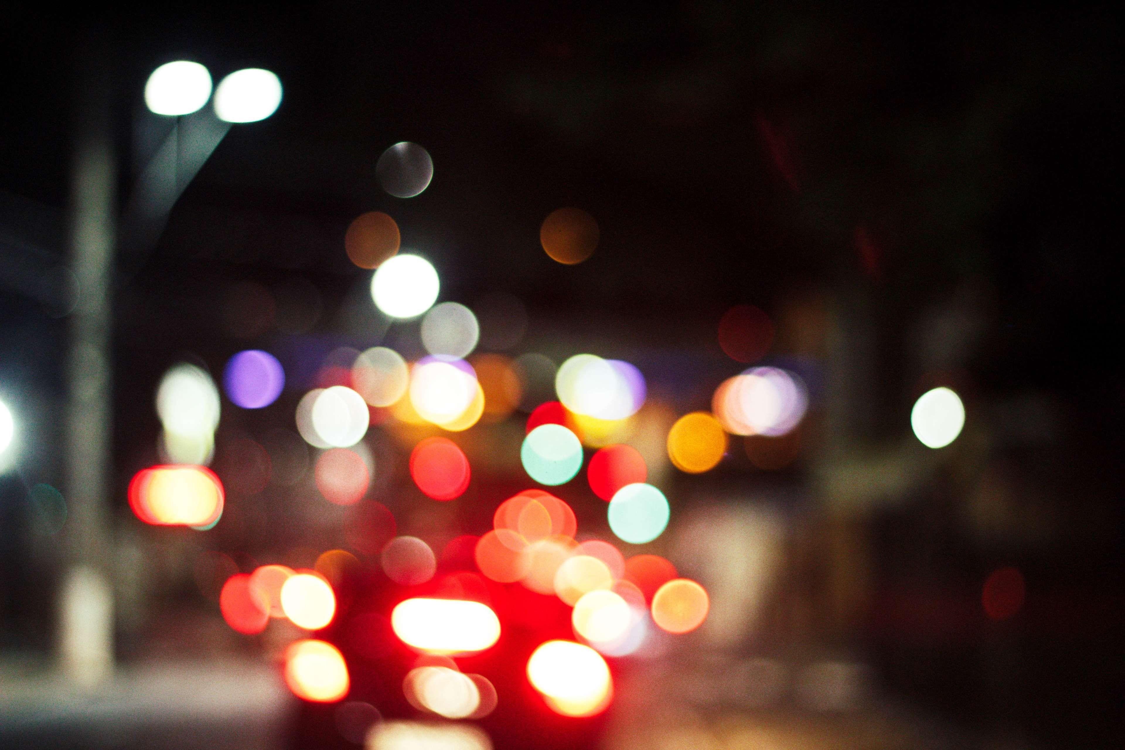 Обои cars, улица, дома, ночь, машины, свет. Города foto 16