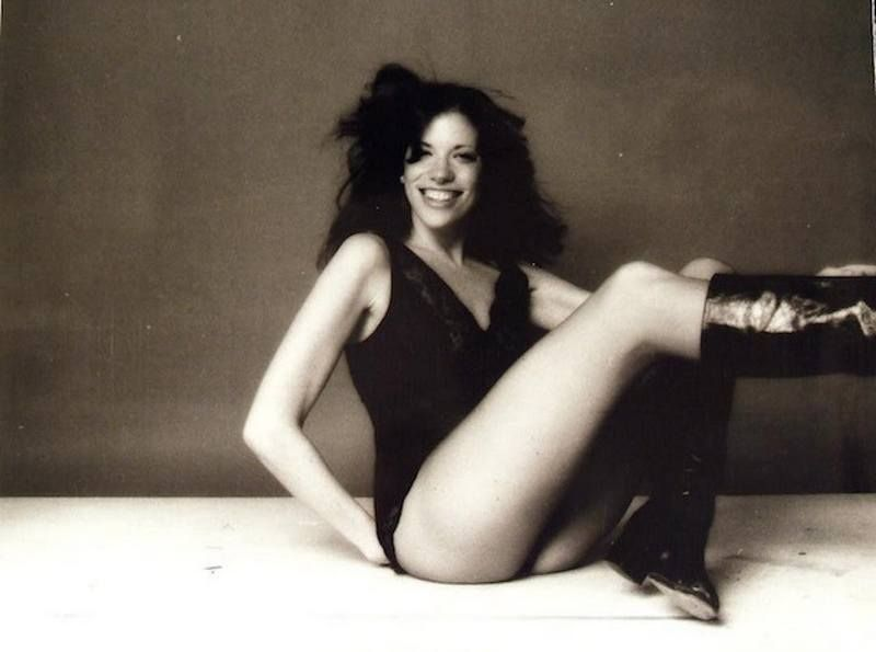 Carly Simon S Height Weight And Body Measurements Carly Simon Carly Women Of Rock