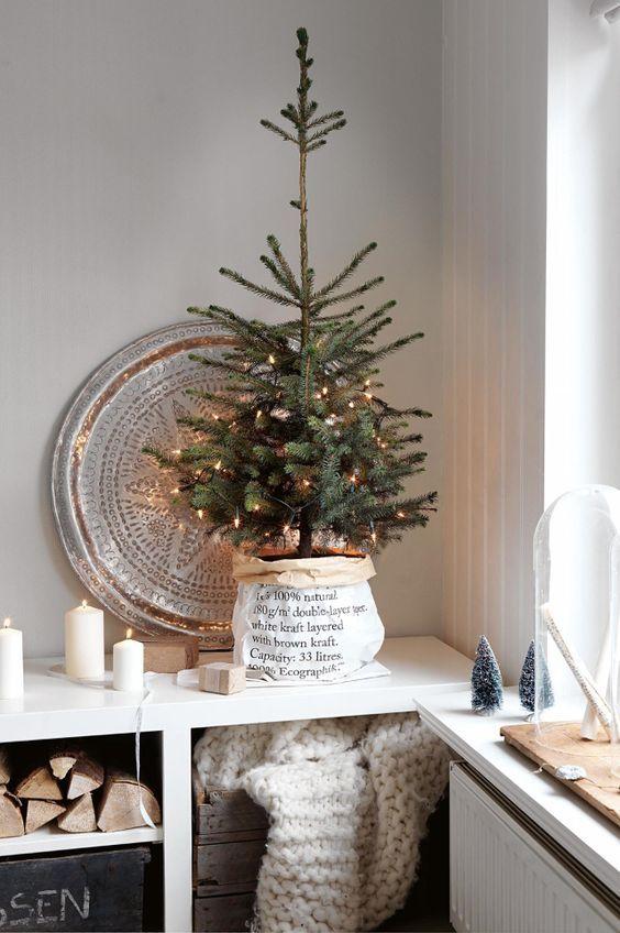 Decorer Son Interieur Avec Un Petit Sapin De Noel 15 Idees