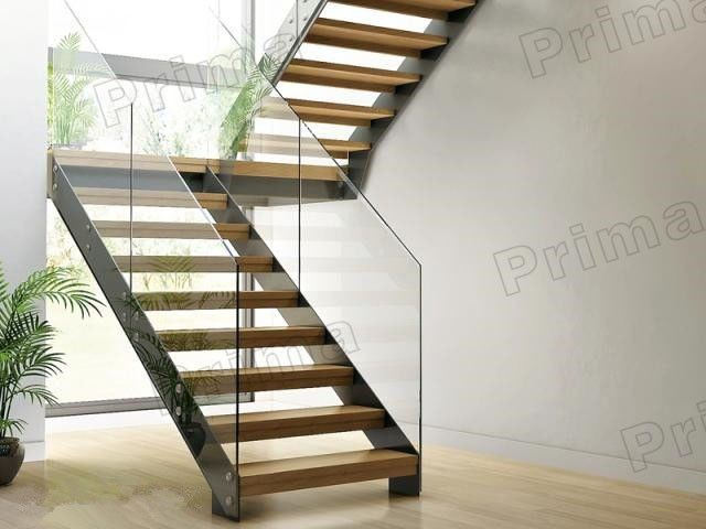 Best C Channel Stringer Glass Railing Google Search Stairs 400 x 300